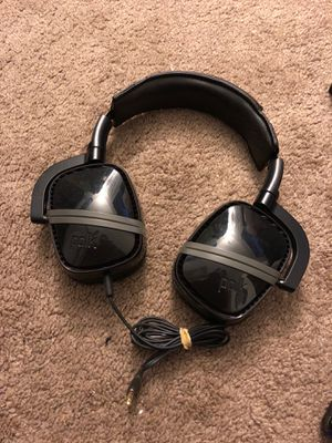 Polk Audio Striker Pro headphones for Sale in San Diego, CA