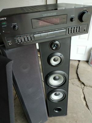 Stereo Amplifier for Sale in Chicago, IL
