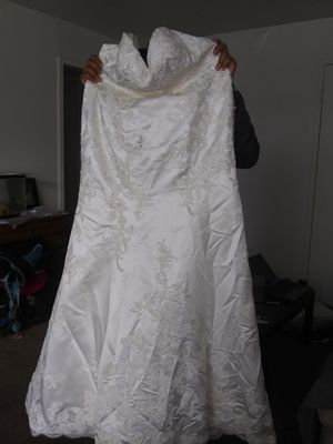 Casablanca bridal wedding dress for Sale in Fairview Park, OH