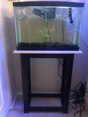 13 gallon aquarium kit for Sale in Riverside, CA