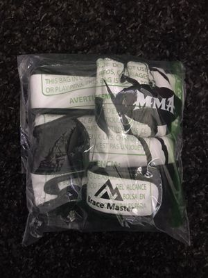 MMA UFC Boxing gloves for Sale in Cincinnati, OH