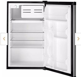 GE 4.4 cu. ft. Mini Fridge In XLNT condition **CURRENTLY SELLING AT HOME DEPOT FOR $309 + TAX for Sale in Encinitas,  CA