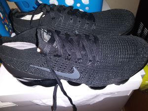 Vapormax nike mens shoes for Sale in Tacoma, WA