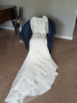 Brand New White Lace Wedding Dress for Sale in Mokena, IL