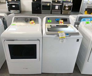 GE Washer/Dryer set KXKDP for Sale in Vinton, TX