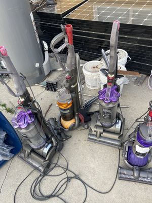 Dyson Vacuum as is $80 for all for for Sale in Lakewood, CA