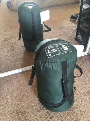 Ozark Trail 50F deluxe warm weather outdoor sleeping bag for Sale in Los Angeles, CA