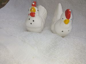 Rooster salt & pepper shakers for Sale in Kingsport, TN