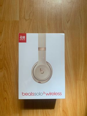 Beats Solo 3 Pro headphones (New in box) for Sale in Brooklyn, NY