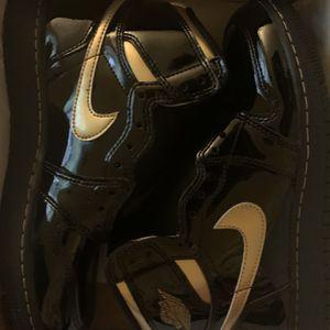 Jordan 1 high Black Metallic Gold for Sale in Los Angeles, CA