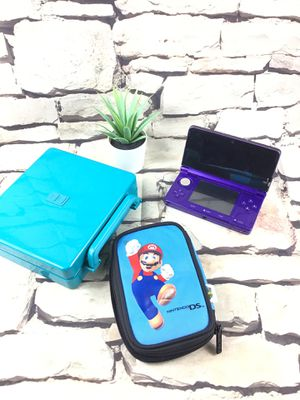 Nintendo 3DS w 2 case for Sale in Sacramento, CA