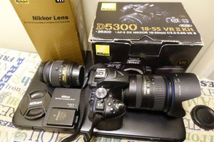 Nikon D5300 + 2 lenses (18-55mm, 18-200mm lenses) for Sale in Gardena, CA