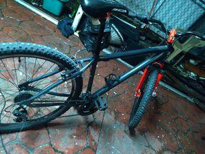 Black and red bike for Sale in Miami, FL