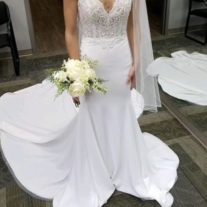 Wedding Dress for Sale in Twinsburg, OH