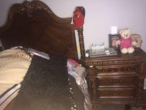 Queen size Bedroom set for Sale in Phoenix, AZ