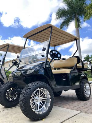 2016 Lifted E-Z-Go TXT Golf Cart for Sale in Hollywood, FL