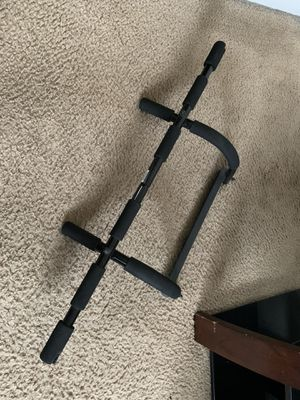 Gold's Gym pull-up bar w/ Ab Straps for Sale in Loma Linda, CA