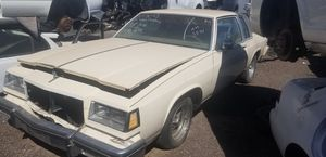Gm 2 door full size car for Sale in Phoenix, AZ