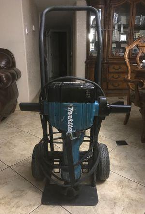 Makita jack hammer for Sale in Phoenix, AZ