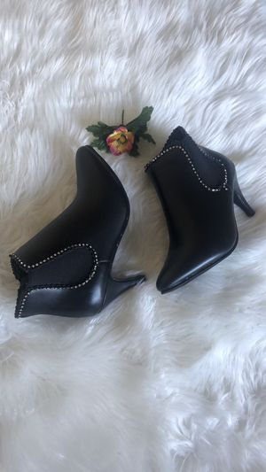 NWOT Black Pointed Ankle Boot for Sale in WARRENSVL HTS, OH