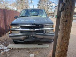1995 chevy tahoe,ask$1,000 obo needs tlc .needs ball joints ,bumper grill and left lens on backside,for more information pm .have a great day for Sale in Colorado Springs, CO