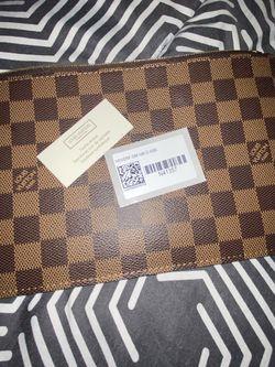 Louis Vuitton Pouchette Wristlet for Sale in Miami,  FL