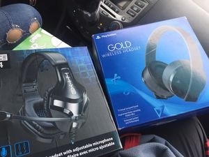 Gx-h4 and sony headset for Sale in Kansas City, KS