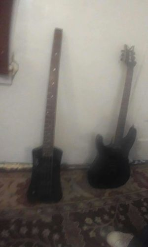 1 bass one electric guitar 6 string in Fairly good condition two hundred bucks for Sale in Guthrie, OK
