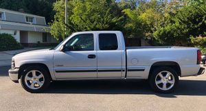 2001 Chevy Silverado excellent condition for Sale in Philadelphia, PA