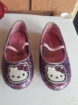 Hello Kitty shoes bran new size 8 East Fort Worth 76112 for Sale in Fort Worth, TX