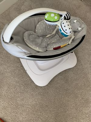 4 Moms mamaRoo Infant Swing for Sale in Portland, OR