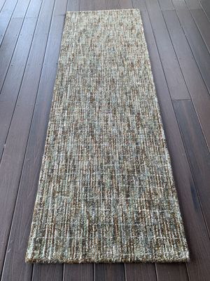 100% wool safavieh brand new rug !!! for Sale in Vancouver, WA