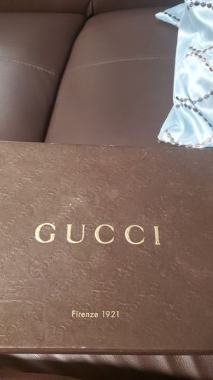 Gucci sandals authentic for Sale in Washington, DC