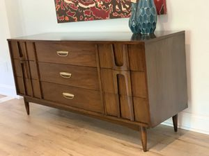 Mid Century Dresser/Credenza 9 Drawers for Sale in Decatur, GA