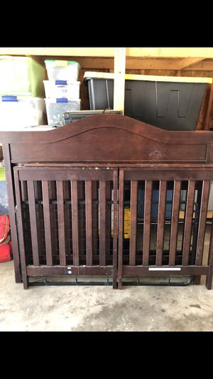 Crib/Headboard for Full Bed for Sale in Pevely, MO