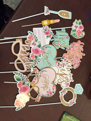 Bridal shower photo booth prop for Sale in Bakersfield, CA