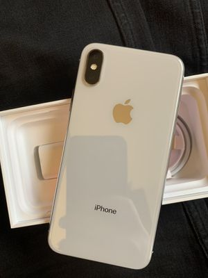 Iphone X Silver 64GB for Sprint or AT&T, H20 for Sale in Chicago, IL