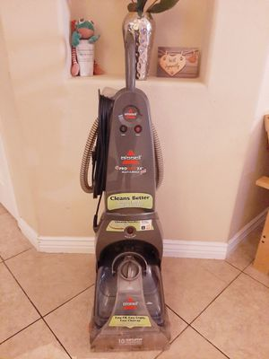 Bissell carpet cleaner for Sale in San Tan Valley, AZ