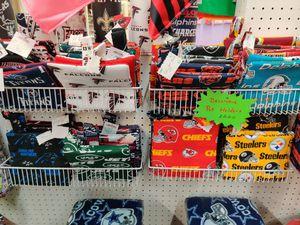 Team pot holder sets for Sale in Snellville, GA