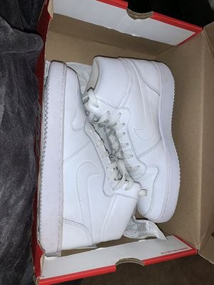 Unisex Nike high top shoes for Sale in Eagle Lake, FL