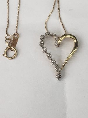 10k gold diamond love heart charm and 20inch gold chain for Sale in Los Angeles, CA