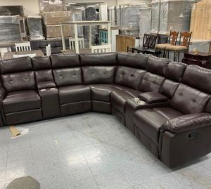 Bastrop Sectional Bastrop Brown Leather Gel Reclining Sectional for Sale in Pflugerville, TX