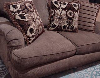 Like New Couch And Love Seat. for Sale in Aurora,  CO