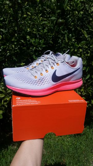New Nike Air Zoom Pegasus 34 men size 11 running shoes for Sale in Metairie, LA