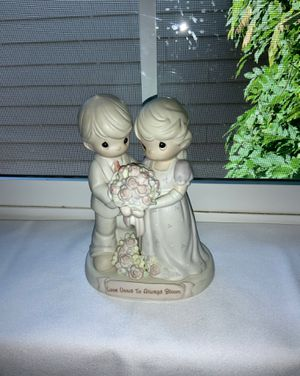 "PRECIOUS MOMENTS ""Love Vows To Always Bloom"" 1995 Porcelain Figurine for Sale in Beaverton, OR"
