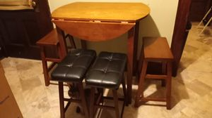 Pub Table with 4 stools for Sale in Middleburg Heights, OH
