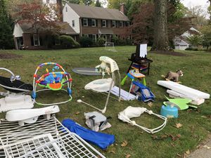 Free baby/kid items for Sale in Wayne, PA