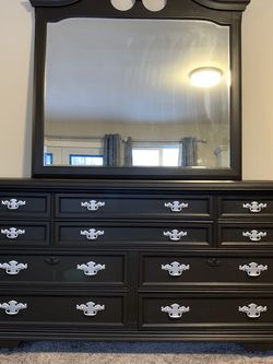 Bassett Dresser! for Sale in Tacoma,  WA