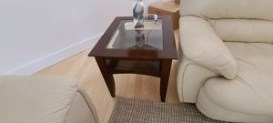Coffee table and 2 end tables. for Sale in Pembroke Pines, FL