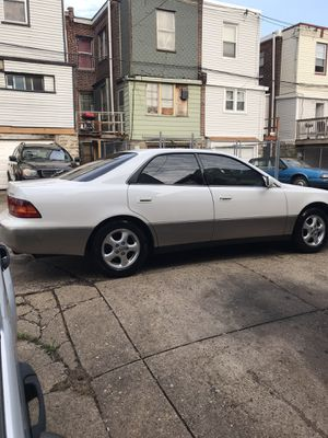 1998 Lexus ES300 for Sale in Philadelphia, PA